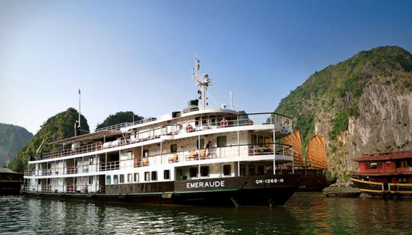 2 Days Ha Noi - Cat Ba - Lan Ha Bay on Emerald Cruise 3***