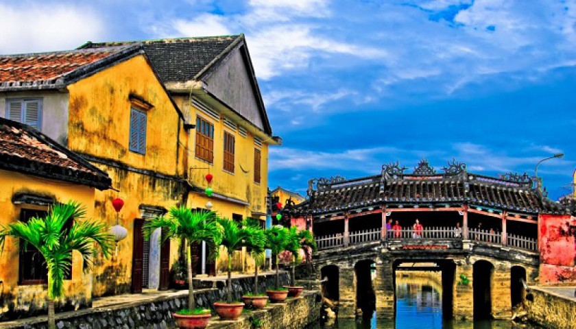 VIETNAM CENTRAL TOURS - 3 DAYS 2 NIGHTS ( SAIGON - MY SON - HOI AN - DA NANG )