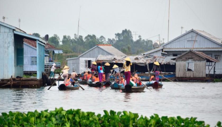 Glimpse South Viet Nam