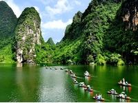 Hoa Lư - Tam Cốc - Bái Đính - Tràng An, 2 ngày